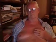 Grandpa show exceeding cam 2