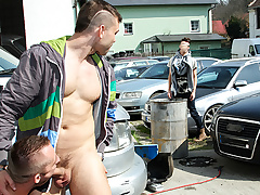 Muscle Man Fucked In The Arse In Institute - OutInPublic